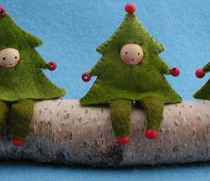 THREE CHRISTMAS TREES KIT PPK413
