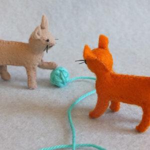 TWO LITTLE CATS KIT PPK836